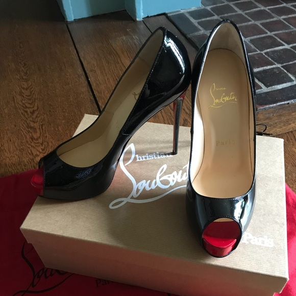 official photos 6b3e1 ef380 Christian Louboutin - New Very Prive 120 Patent